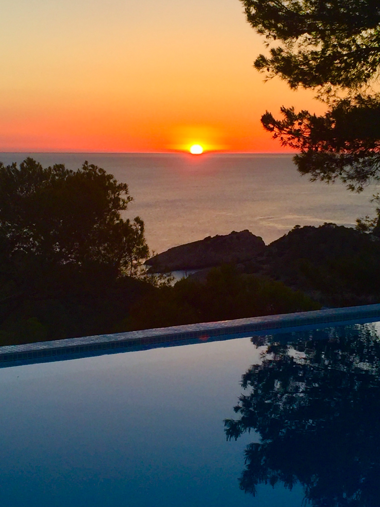villa solivent cala salada ibiza sunset views ibiza villas direct. Black Bedroom Furniture Sets. Home Design Ideas