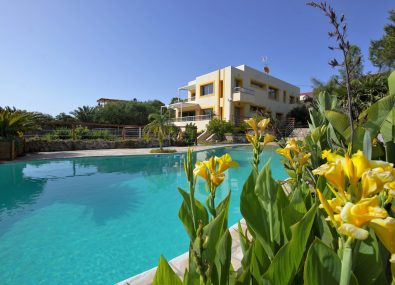 Ibiza Villas Direct - Casa Costa Talamanca -